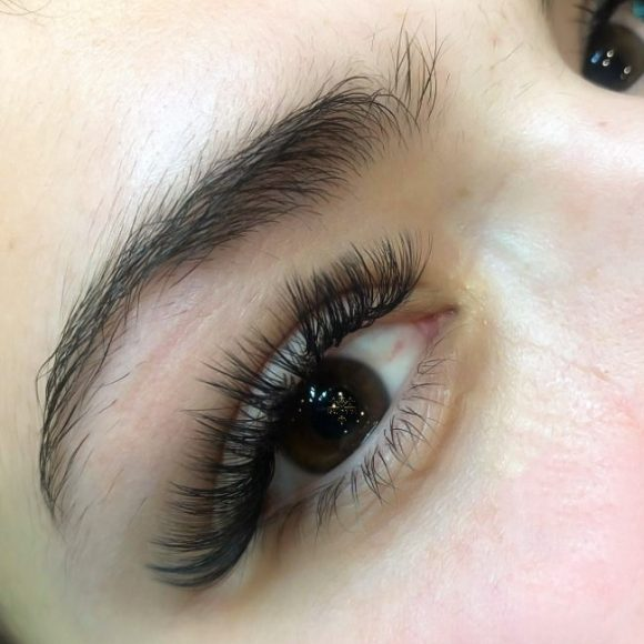 Brown eyes with eyelash extensions from Beauty Time Canada