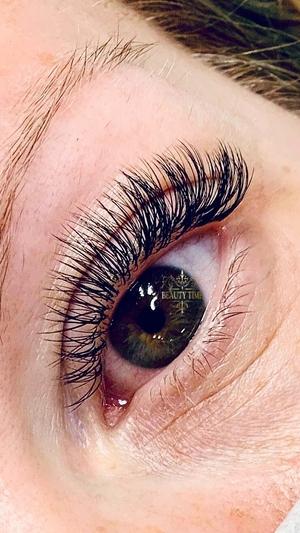 client lashes