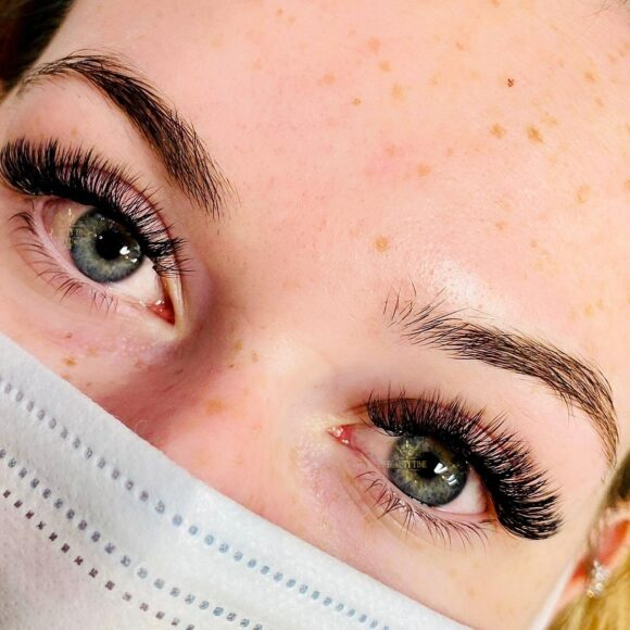 3D Lash Extensions Beauty Time