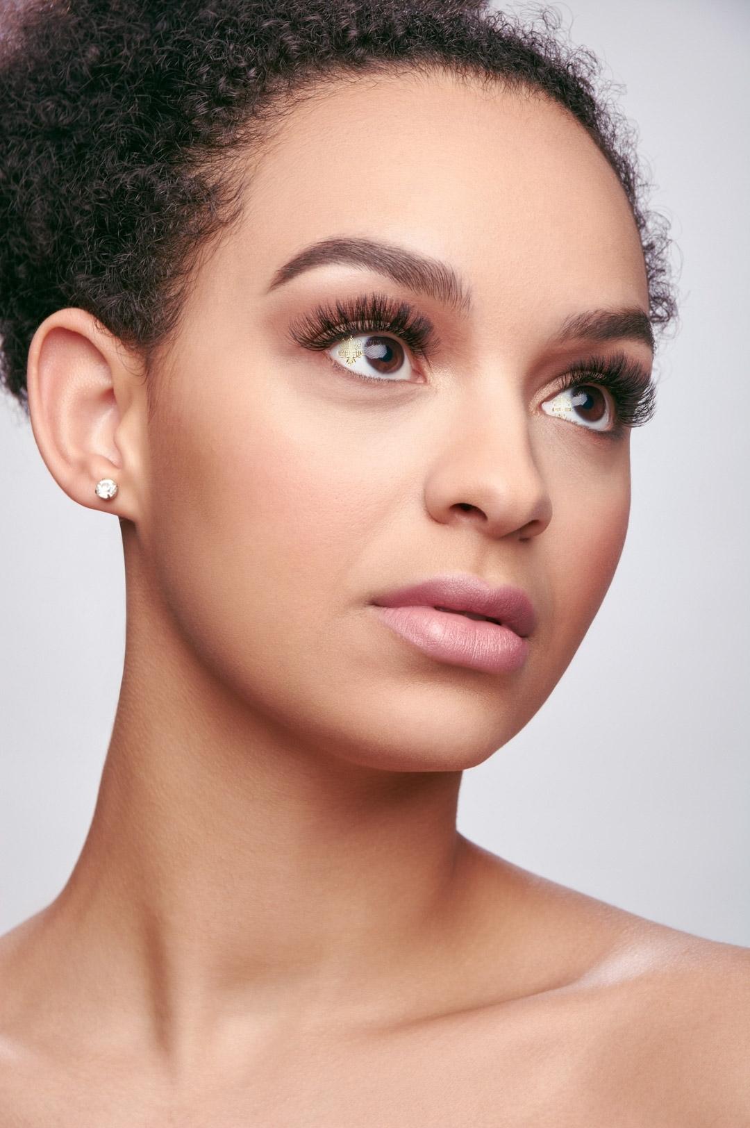 Beauty Time model Tamia Eyelash Extensions