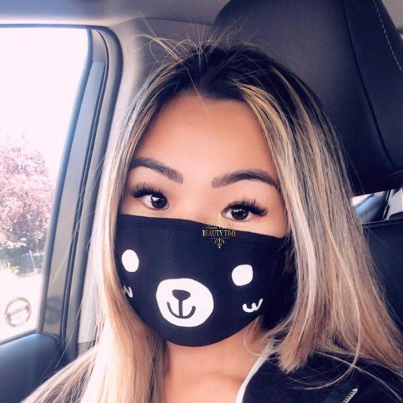 client lash extension selfie