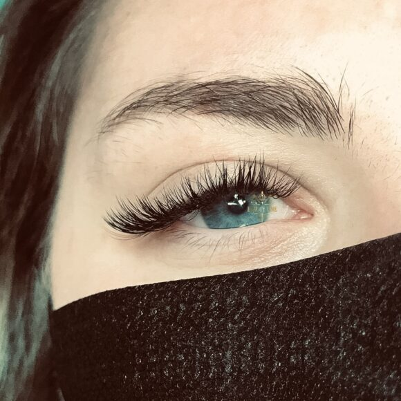 Beauty Time Cat Eye lash Extensions