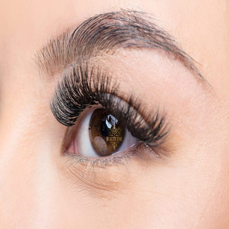 5 foods to grow longer lashes